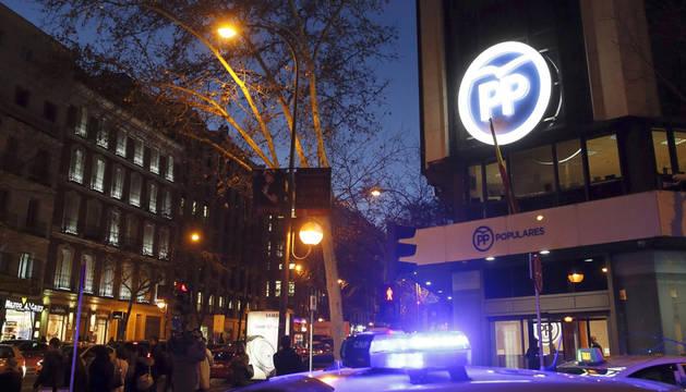 Registran la sede del PP de Madrid por presunto cohecho y blanqueo