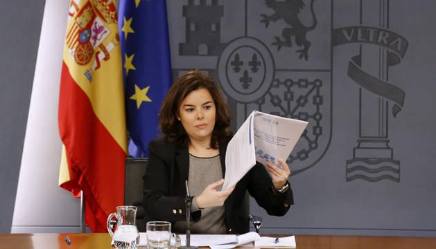 Soraya Sáenz de Santamaría durante la rueda de prensa tras la reunión del Consejo de Ministros.