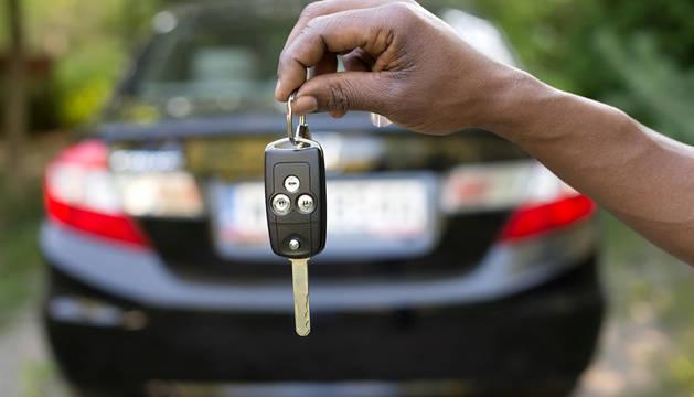 Foto de la llave de un coche.
