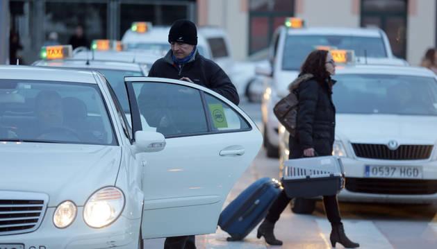 Pamplona abre el plazo para solicitar ayudas del bono-taxi