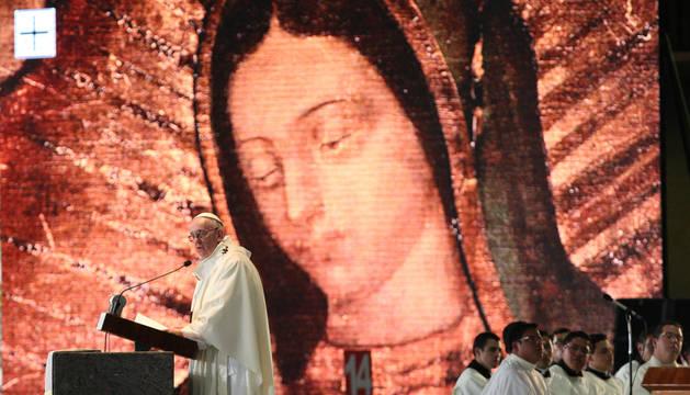 El Papa recuerda a las víctimas de la violencia en la basílica de Guadalupe