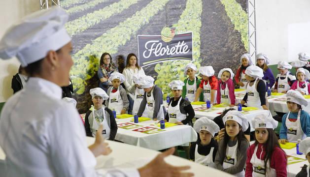 La chef Samantha Vallejo-Nágera impartió un taller de alimentación saludable