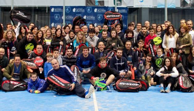 Foto de grupo tras la disputa del Trofeo ACUNSA.