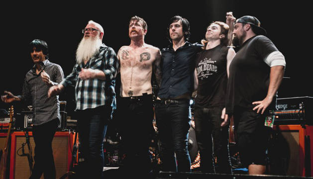 Eagles of Death Metal toca en París tras los atentados