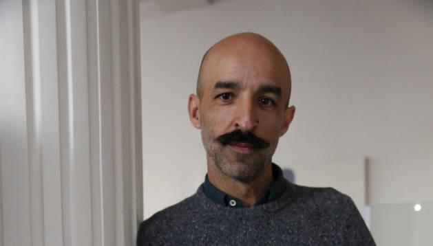 Jesús Carrasco publica 'La tierra que pisamos'