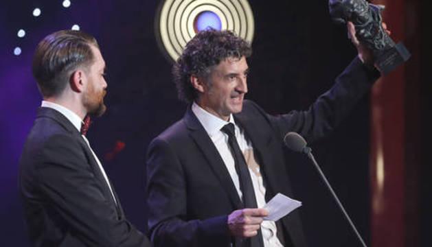 Axel O'Mill y Patxi Uriz reciben el Goya al mejor cortometraje documental por 'Hijos de la Tierra'.