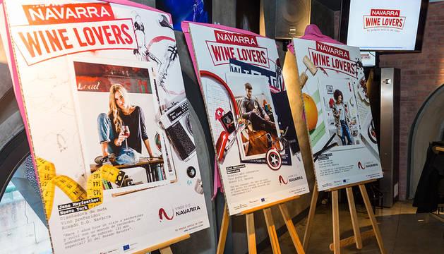 Varios de los carteles de la campaña.
