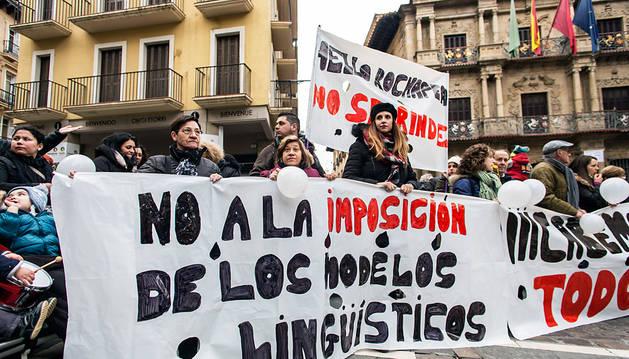 Protesta ante el Ayuntamiento de Pamplona del pasado miércoles por la tarde.
