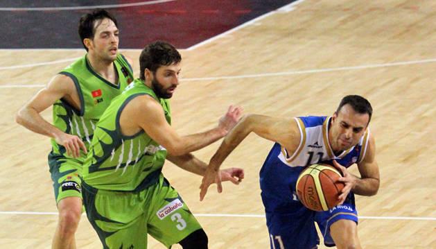 Ruiz de Galarreta supera a Guille Justo y Joaquín Bonhome.