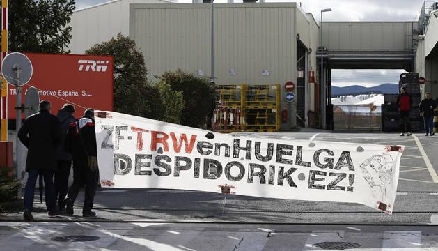 La dirección europea de TRW y el comité negocian en Pamplona