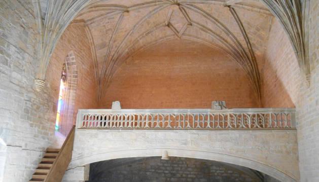 Interior de la Iglesia hacia el coro alto, tras las obras.
