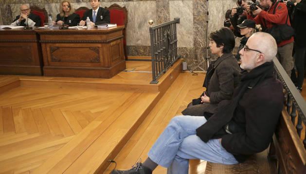 Fernando Basterra y Rosario Porto ante el Tribunal Superior de Xustiza de Galicia.