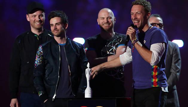 Los miembros de Coldplay, en la entrega de premios.