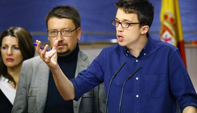 Errejón, junto a Xavier Domènech (En Comú Podem ).