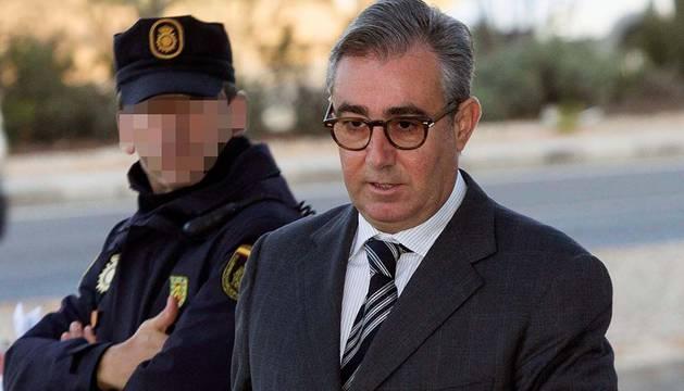 Diego Torres, a su llegada al juzgado.