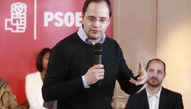 El PSOE anima a Podemos a