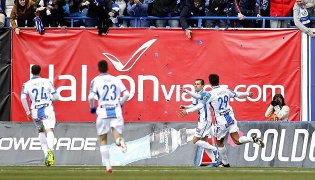 El Leganés celebra el 1-0 al Alavés.