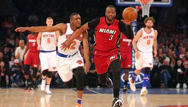 Los Heat conservan el liderato, a pesar de la presión de los Hawks