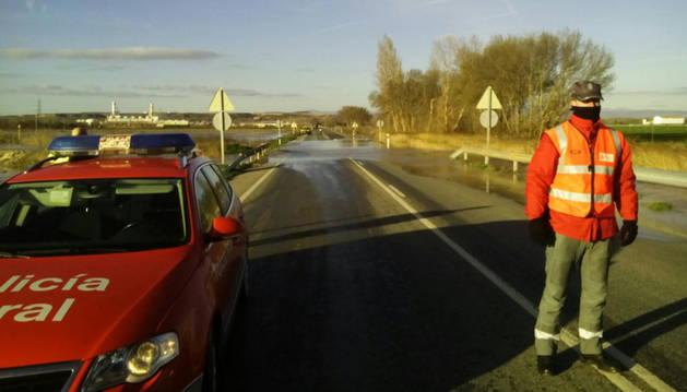 Desbordamiento del río Ebro en la N-113.