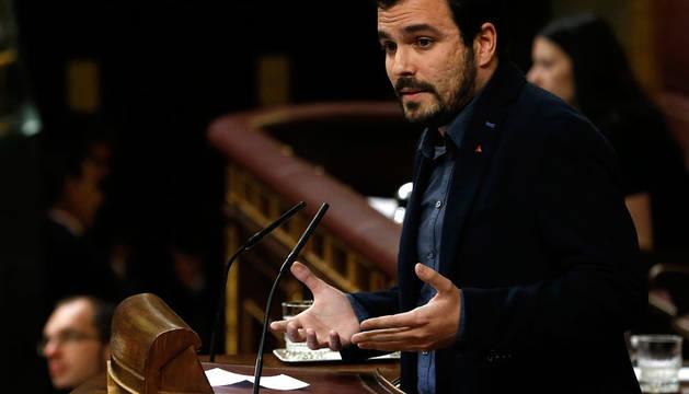 El portavoz de IU, Alberto Garzón, durante su intervención en el Congreso.