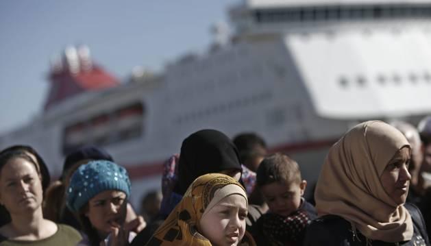 La CE destina 700 millones de euros a paliar la crisis de los refugiados