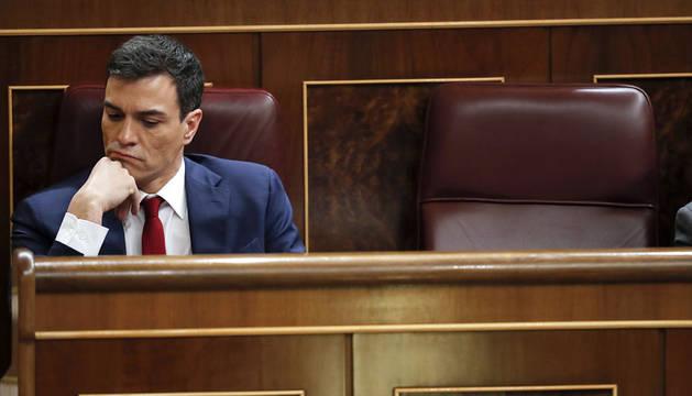 Pedro Sánchez, en su escaño.