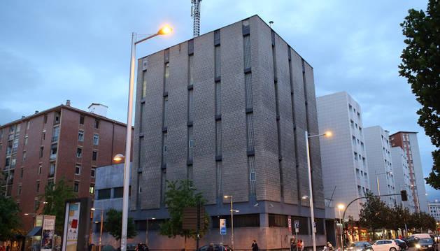 Edificio de Telefónica en la avenida de Bayona.