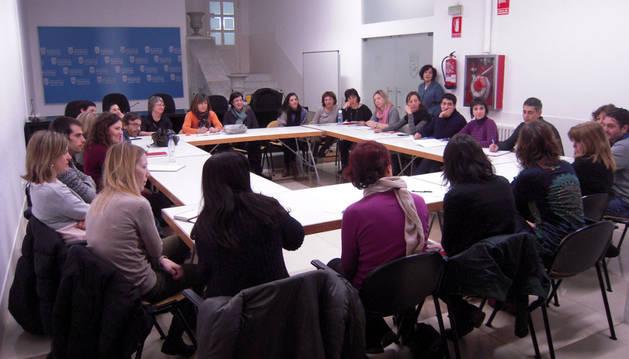 Encuentro con la concejala delegada del Área, Edurne Eguino, la directora y la secretaría técnica
