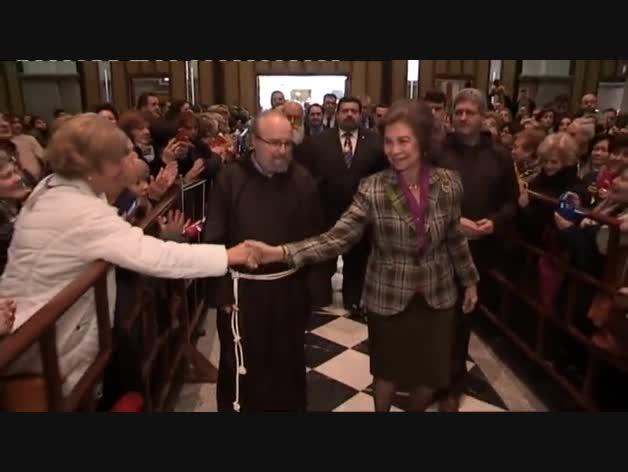 La reina Sofía visita la basílica de Jesús de Medinaceli