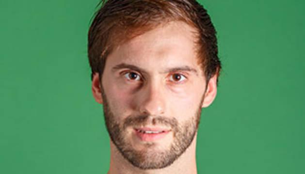 El jugador del Helvetia, Jorge Silva.