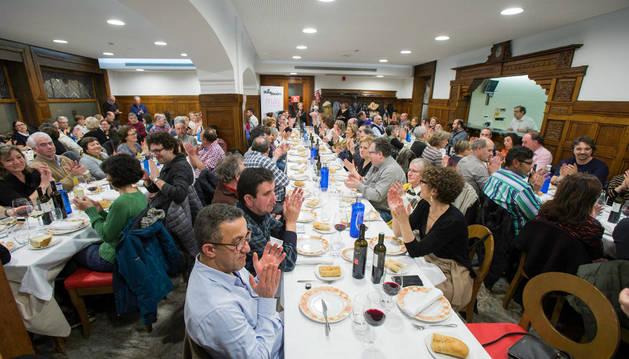 Una cena solidaria recauda 4.095 € para el comedor Villa Javier