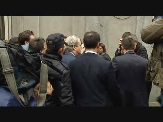 Chaves y Griñán, citados a declarar en Sevilla el 16 de marzo