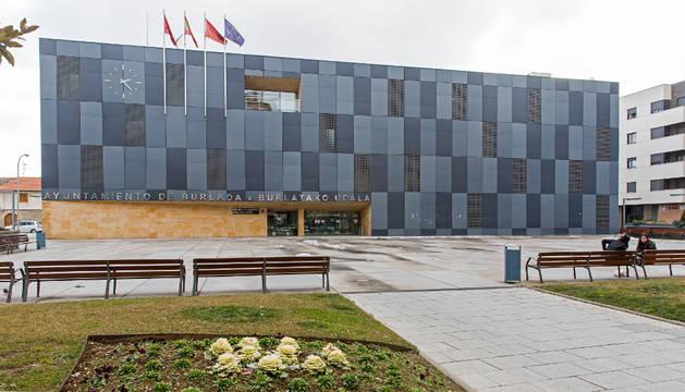 Fachada del Ayuntamiento de Burlada.