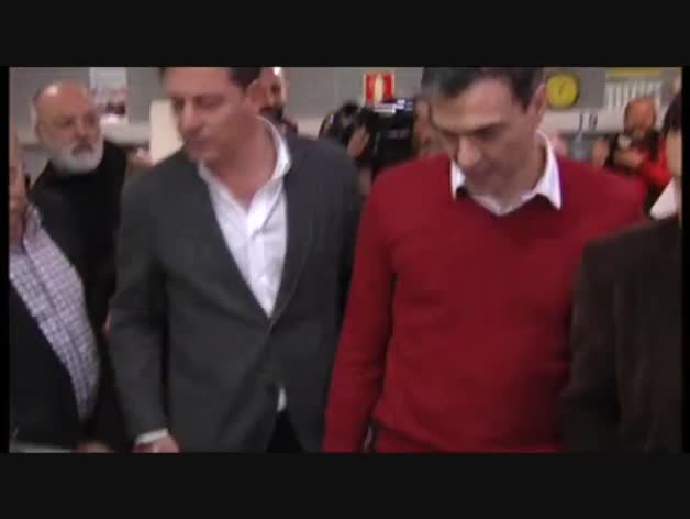 El juez imputa seis delitos al líder del PSOE gallego