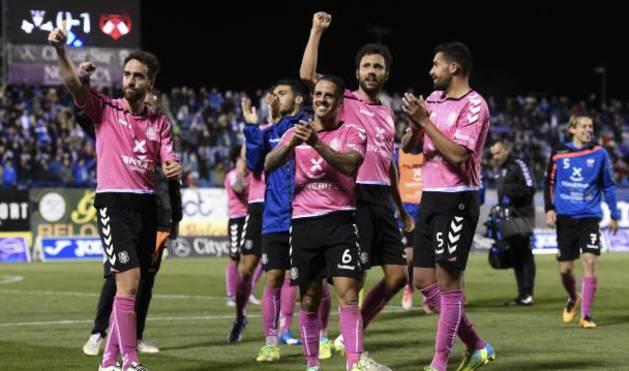 El Tenerife celebra la victoria en Leganés.