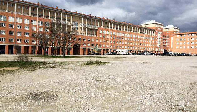 Parcela donde se construirá el nuevo instituto.