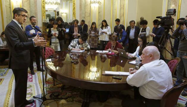 La Mesa del Congreso aprueba convocar Plenos de control al Gobierno