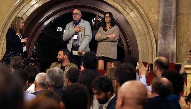 Manuel Barbero y su esposa, Eva Casas, los padres de uno de los alumnos de los Maristas de Sants-Les Corts que ha denunciado haber sufrido abusos sexuales.