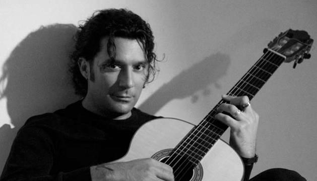 El corazón jazz-flamenco de Josemi Carmona y Javier Colina late en 'De cerca'