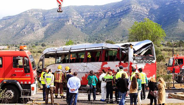 Trece universitarias muertas en un accidente de autobús en Tarragona