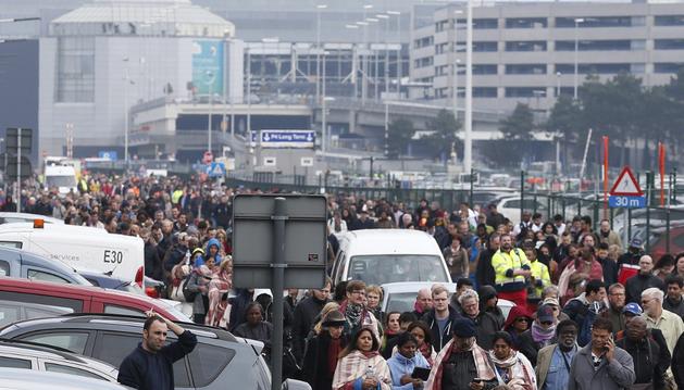 Desactivan una tercera bomba en el aeropuerto de Bruselas