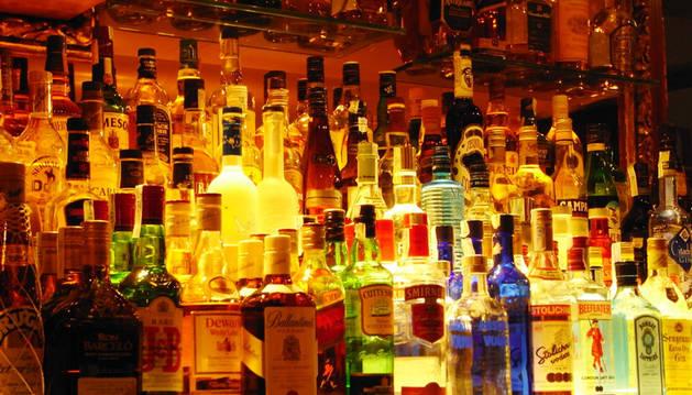 Denuncia la acción de un portero en una discoteca de Pamplona