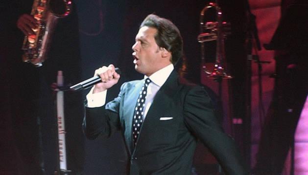 Luis Miguel vuelve a cancelar conciertos en México