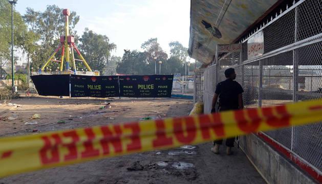 72 personas murieron y 259 resultaron heridas, muchas de ellas mujeres y niños, en un atentado suicida en un popular parque de la ciudad paquistaní de Lahore.