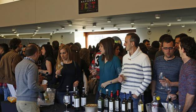 Baluarte acogió los días 1 y 2 de abril una jornada vinícola organizada por la Denominación de Origen Navarra en la que los asistentes podrán degustar, acompañados de música, vinos tintos, blancos y rosados de la última añada de 24 bodegas.