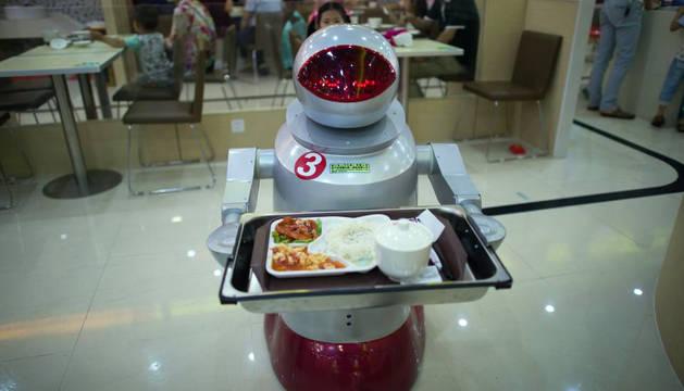 Restaurantes chinos despiden a sus camareros-robot por su escaso rendimiento