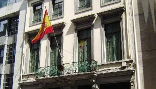 Cesan al embajador en Bélgica tras denuncias de absentismo y acoso