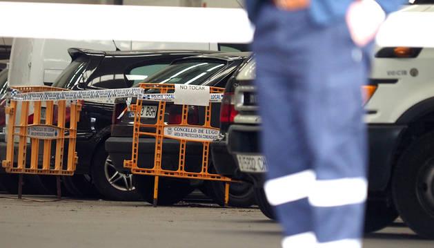 Aparece una joven apuñalada en un coche en Lugo