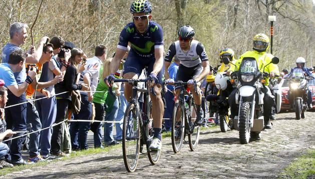 Imanol Erviti, el pasado domingo en uno de los tramos adoquinados de la París-Roubaix.