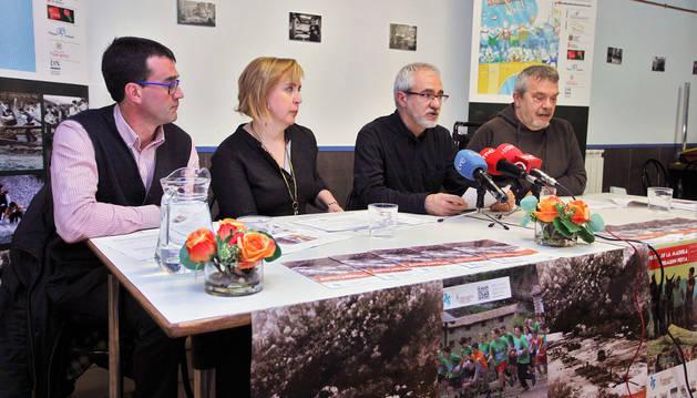 Koldo Cilveti, Malú Boj y Julián Oria y Patxi Lasa.